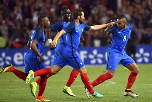 Video Đội tuyển Pháp vs Cameroon - 1