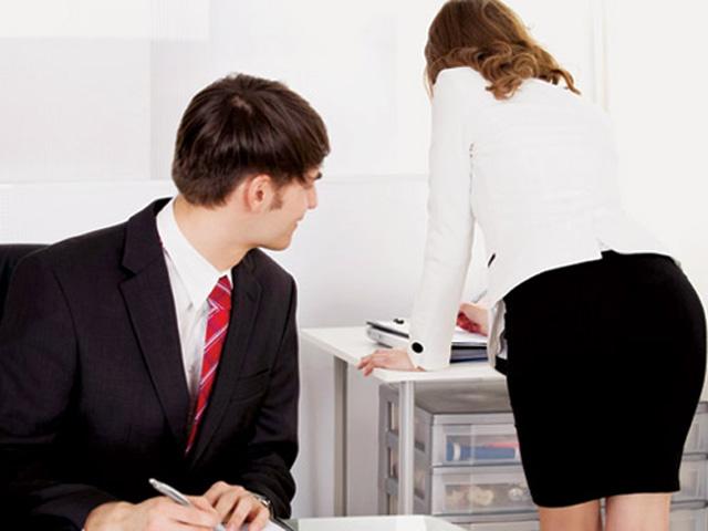 Thị dâm, khẩu dâm nơi làm việc cũng là quấy rối tình dục - 1