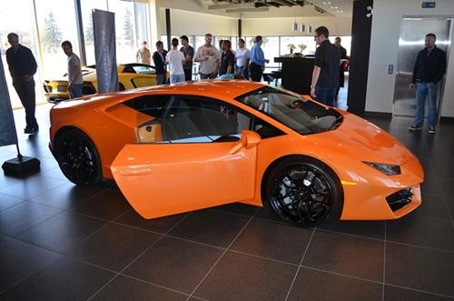 Sau 1/7 xe Lamborghini Huracan tăng giá hơn 5,5 tỷ đồng tại VN - 3
