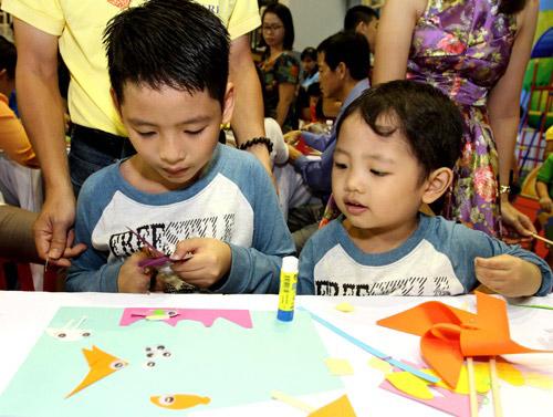 Trò chơi thủ công, vận động hút trẻ em Sài Gòn - 5