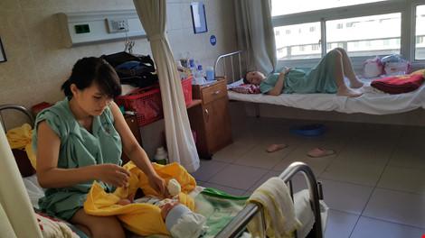 Nửa đêm vào bệnh viện xin ngủ nhờ rồi nhảy lầu tự tử - 2