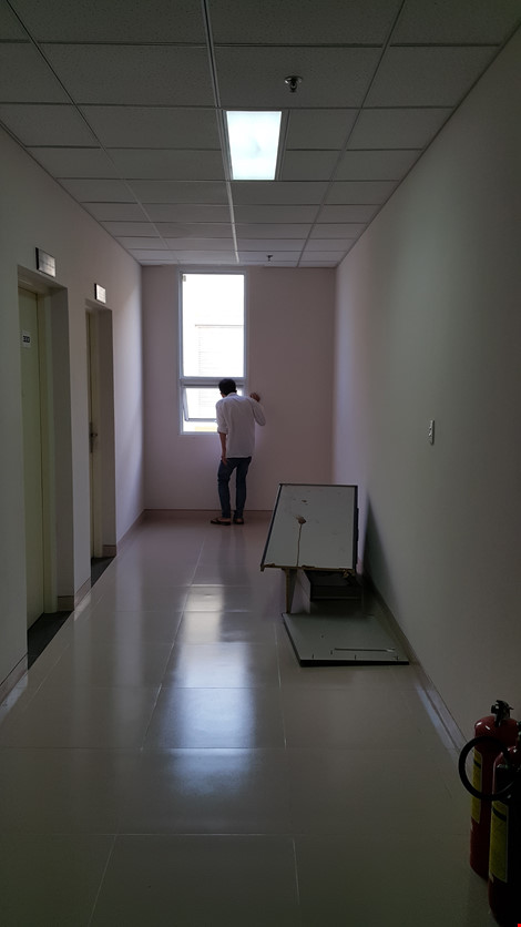 Nửa đêm vào bệnh viện xin ngủ nhờ rồi nhảy lầu tự tử - 3