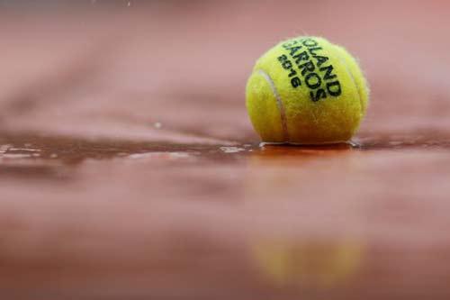Roland Garros ngày 10: Trận của Wawrinka, Serena bị hoãn - 3
