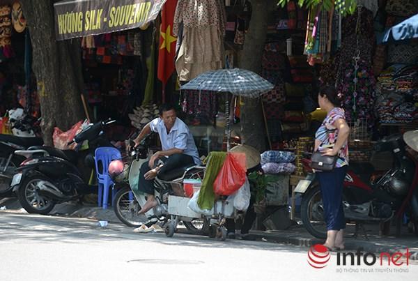 Người Hà Nội đối mặt với đợt nắng nóng nhất từ đầu hè - 3