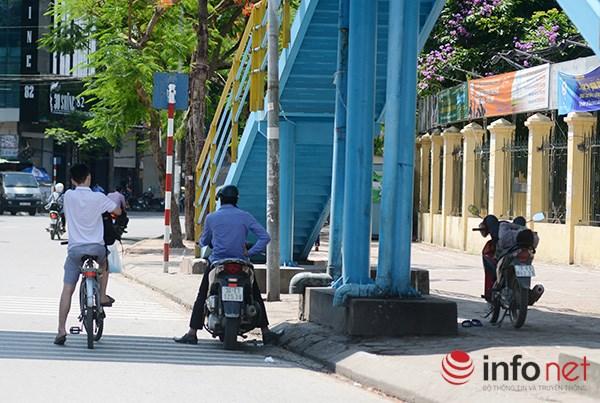 Người Hà Nội đối mặt với đợt nắng nóng nhất từ đầu hè - 8