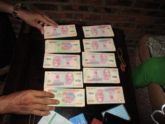 Bắt 7 đối tượng tàng trữ, lưu hành tiền giả quy mô lớn - 5