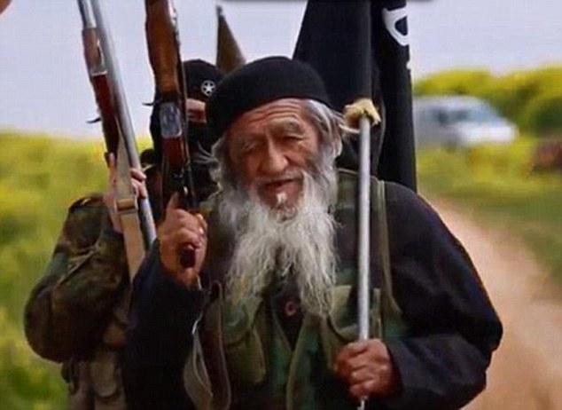 IS tung ảnh chiến binh 81 tuổi người Trung Quốc - 3