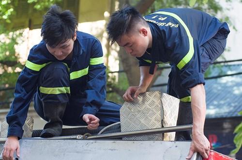 Hà Nội: Nhà hàng bốc cháy, thực khách chạy tán loạn - 5