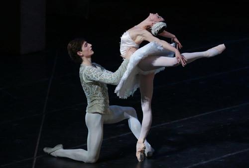 """Đêm diễn Paris Ballet bất ngờ """"sốt"""" vé - 3"""