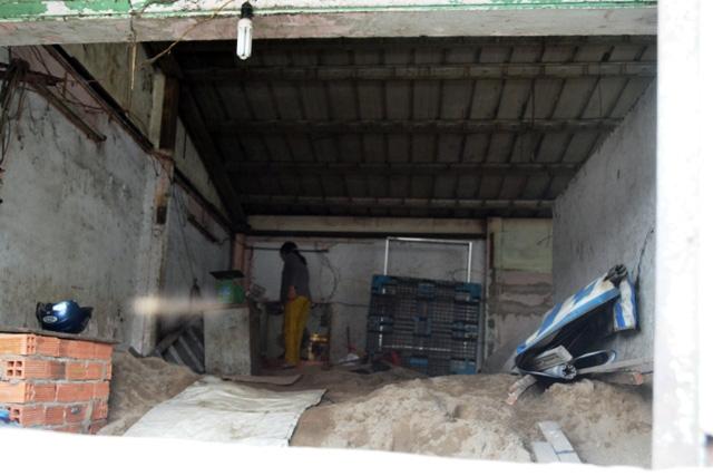 Chuyện lạ giữa Sài Gòn: Muốn ra khỏi nhà phải bắc thang - 10