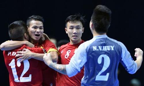 Futsal chạy đua với FIFA World Cup 2016 - 1