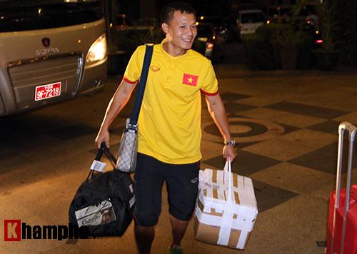 ĐTVN: Chinh phục giải đấu ở Myanmar cùng...mắm tép - 2