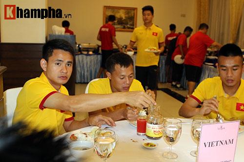 ĐTVN: Chinh phục giải đấu ở Myanmar cùng...mắm tép - 8
