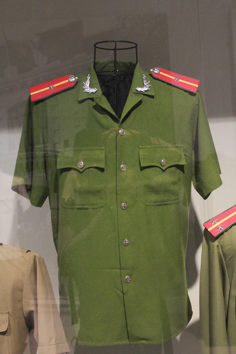 Ngắm những bộ trang phục lực lượng công an từng sử dụng - 10