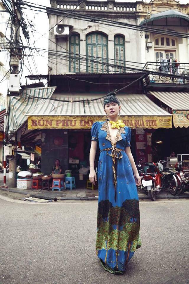 MC nổi nhất xứ Đài khoe dáng xinh trong nắng hè Hà Nội - 8