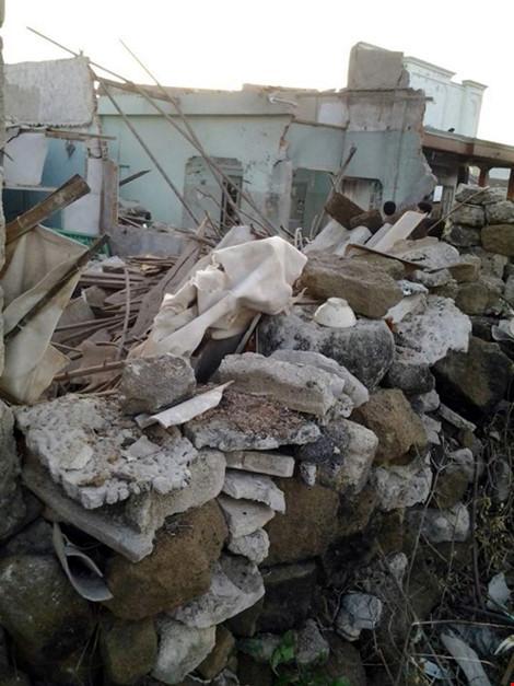 Nổ lớn ở đảo Phú Quý - Rung chuyển vì vụ nổ TNT trong đêm - 1