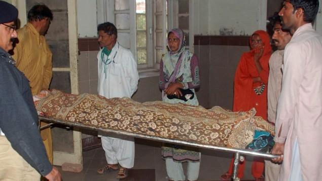 Cô gái bị thiêu chết vì từ chối lời cầu hôn ở Pakistan - 2