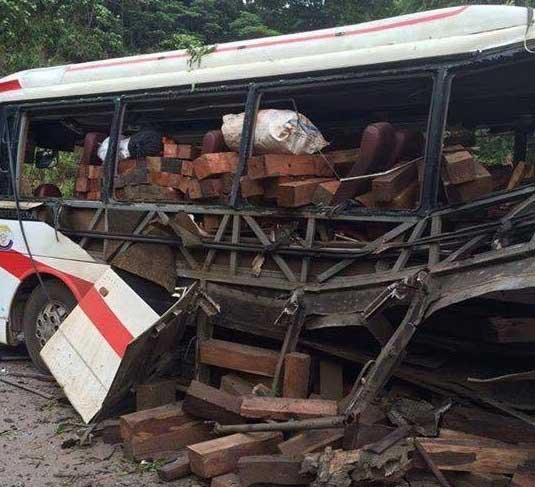 Nổ xe biển Lào, 9 người chết: Xác minh chủ xe - 2
