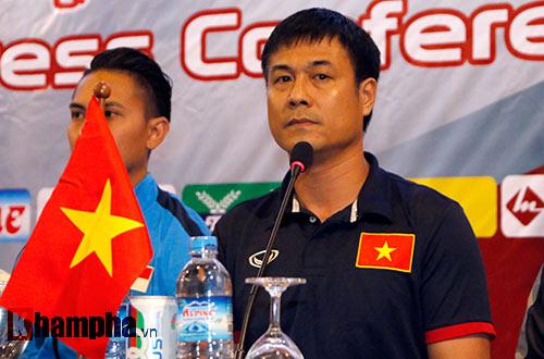 """ĐTVN: Hữu Thắng """"gây sốt"""" với truyền thông quốc tế ở Myanmar - 1"""