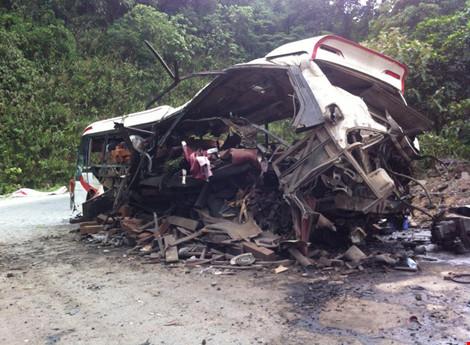 Nổ xe khách ở Lào: Đưa thi thể 8 người Việt về nước - 3