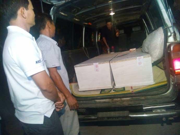 Trắng đêm đón thi thể người thân sau vụ nổ xe khách Lào - 4