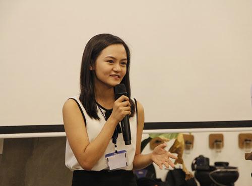 """Gặp nữ sinh đoạt 12 học bổng danh tiếng thế giới tại ngày hội """"học sinh toàn cầu"""" - 1"""