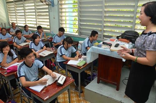 Bộ GD-ĐT cấm chạy trường, chạy lớp đầu năm học mới - 1
