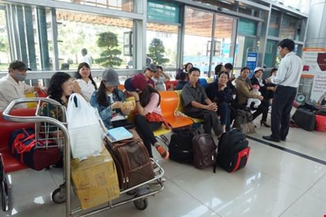 Cảng hàng không Buôn Ma Thuột tê liệt vì hỏng đường băng - 4