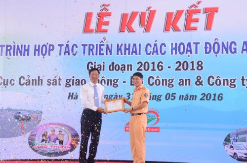 Honda Việt Nam ký kết triển khai các hoạt động ATGT với Cục Cảnh sát giao thông - 3
