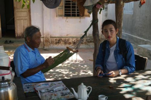 Siêu mẫu Trúc Nguyễn khóc thét thực hiện nhiệm vụ bắt … dông - 4