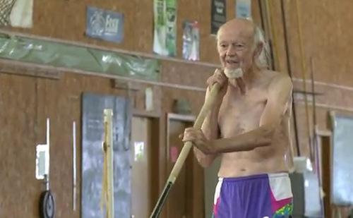 Cụ ông 85 tuổi lọt top kỷ lục TG nhờ 4 lần leo Fansipan - 9