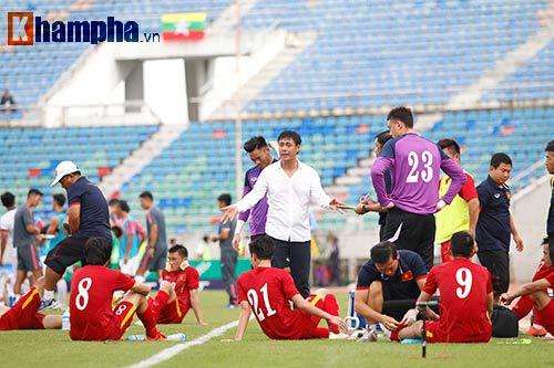 Chùm ảnh: Thắng Hong Kong, ĐTVN ăn mừng như vô địch - 2