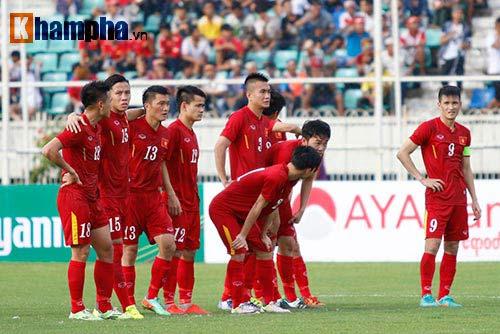 Chùm ảnh: Thắng Hong Kong, ĐTVN ăn mừng như vô địch - 3