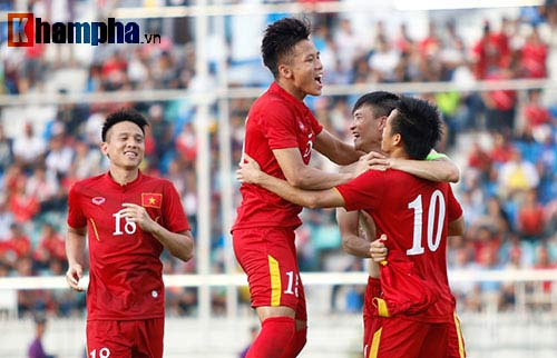 Chùm ảnh: Thắng Hong Kong, ĐTVN ăn mừng như vô địch - 6