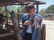 Siêu mẫu Trúc Nguyễn khóc thét thực hiện nhiệm vụ bắt … dông
