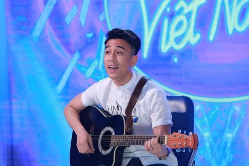 Hot boy Việt kiều vẫn giành vé vàng Idol dù hát không hay - 1