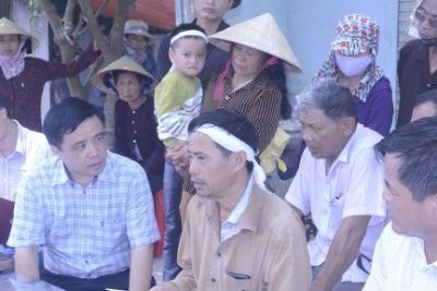 Nghệ An: Rà soát tất cả dòng xe nước ngoài sau vụ nổ - 2