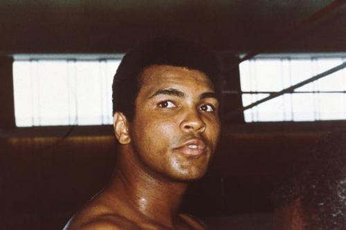 Huyền thoại Muhammad Ali qua đời ở tuổi 74 - 1