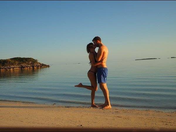 Khoảnh khắc ngọt ngào của Taylor Swift và bạn trai cũ - 10