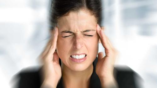 Những cơn đau cảnh báo cơ thể bạn đang gặp nguy hiểm - 1