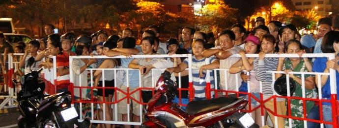 Trắng đêm tìm kiếm nạn nhân vụ chìm tàu trên sông Hàn - 9