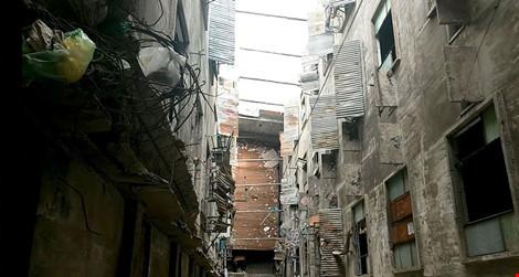 """Bên trong chung cư """"ma"""" sắp được tháo dỡ ở Sài Gòn - 6"""