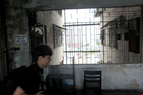"""Bên trong chung cư """"ma"""" sắp được tháo dỡ ở Sài Gòn - 8"""