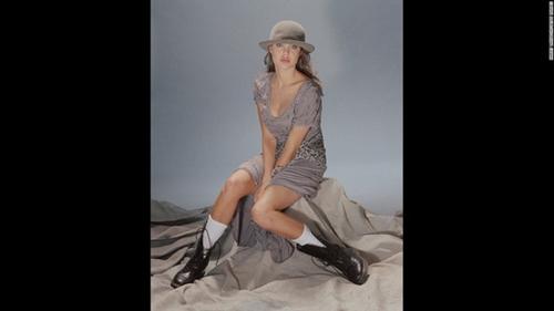 Ngắm Angelina Jolie ngây thơ tuổi 15 - 4