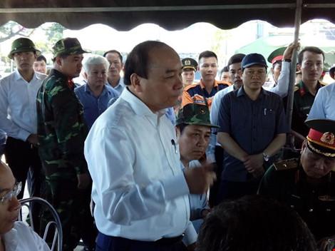 Thủ tướng Nguyễn Xuân Phúc vào Đà Nẵng chỉ đạo xử lý vụ chìm tàu - 1
