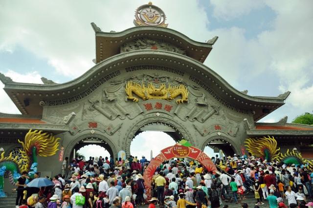 Trái cây khổng lồ hội tụ ở Sài Gòn - 5