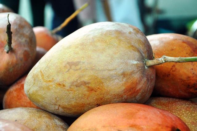 Trái cây khổng lồ hội tụ ở Sài Gòn - 8