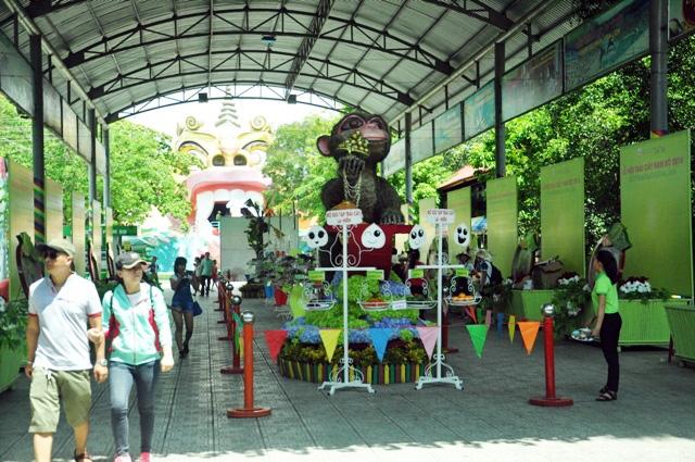 Trái cây khổng lồ hội tụ ở Sài Gòn - 18