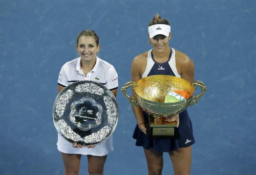 Tân nữ hoàng Roland Garros: Kiều nữ 2 dòng máu - 2