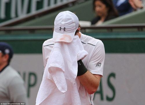 Nghẹn ngào hạnh phúc, Djokovic vẽ trái tim ở Roland Garros - 4